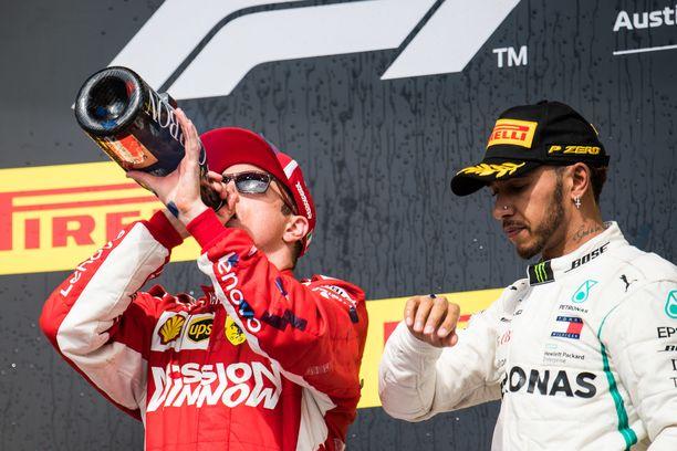 Kimi Räikkönen juhli Austinissa voittoa, Lewis Hamilton oli kisassa kolmas.