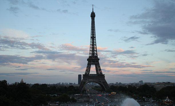 Seitsemän ihmistä on haavoittunut Pariisissa myöhään sunnuntaina tehdyssä hyökkäyksessä, jossa mikään ei viranomaisten mukaan viittaa terrorismiin. Kuvituskuva.