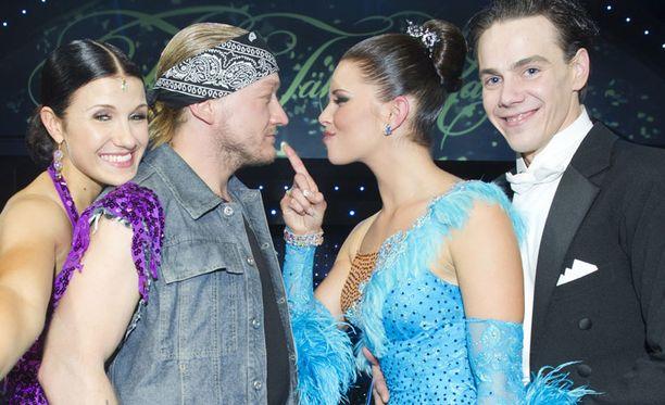 Jarppi ja Ansku sekä Viivi ja Matti ottavat toisistaan mittaan suorassa Tanssii tähtien kanssa -finaalissa ensi sunnuntaina.