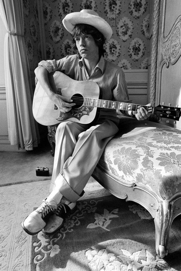 Mick Jagger nuorena uransa alussa.