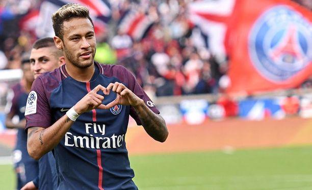 Neymarin kohusiirron laineet lyövät edelleen.