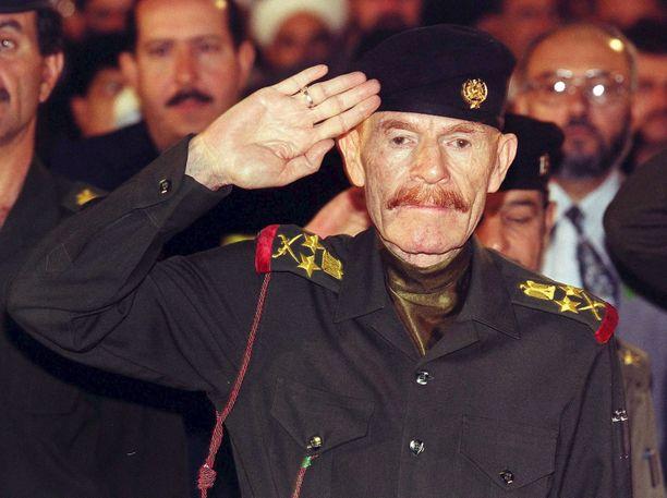 Vuonna 1999 otetussa valokuvassa näkyvät Izzat Ibrahim al-Durin tunnistettavat oranssit viikset.