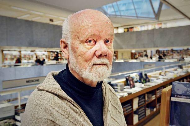 Parantumatonta sairautta poteva arkkitehti Mikko Järvi on antanut rohkeasti eutanasiakeskustelulle kasvot. Hän lähtee aikanaan Sveitsiin kuolemaan.