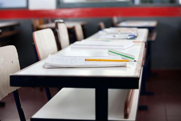 Useita oppilaita ja opiskelijoita on asetettu karanteeniin Lahdessa ja Hämeenlinnassa. Kuvituskuva.