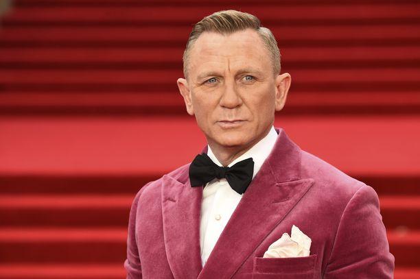 Menestys toi Daniel Craigille paineita.