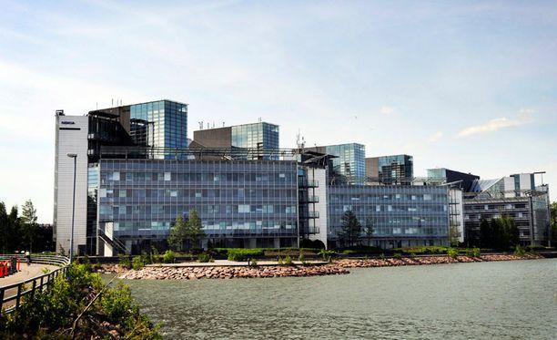 Monet suomalaiset ovat vuosien varrella uskoneet Nokiaan ja sijoittaneet yhtiöön suuria summia.
