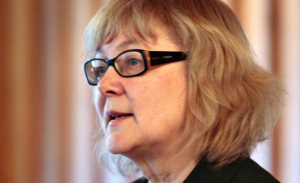 Pirkko Nuolijärvi on Kotimaisten kielten keskuksen (Kotus) johtaja.