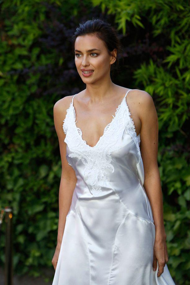 Venäläinen Irina Shayk seurusteli pitkään jalkapalloilija Cristiano Ronaldon kanssa.