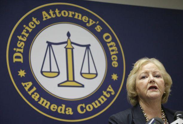 Nancy O'Malley ilmoitti syytteistä tiedotustilaisuudessa maanantaina.