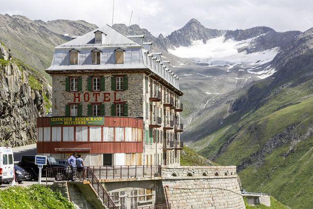 Hotel Belvedere jouduttiin sulkemaan, kun jäätikön kutistuminen kutisti myös asiakasmäärät.