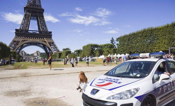 Yhdysvaltain ulkoministeriö varoittaa maan kansalaisia terroriuhasta koko Euroopassa. Erityisesti se kehottaa kansalaisiaan varomaan vilkkaita turistikohteita. Kuvituskuva.