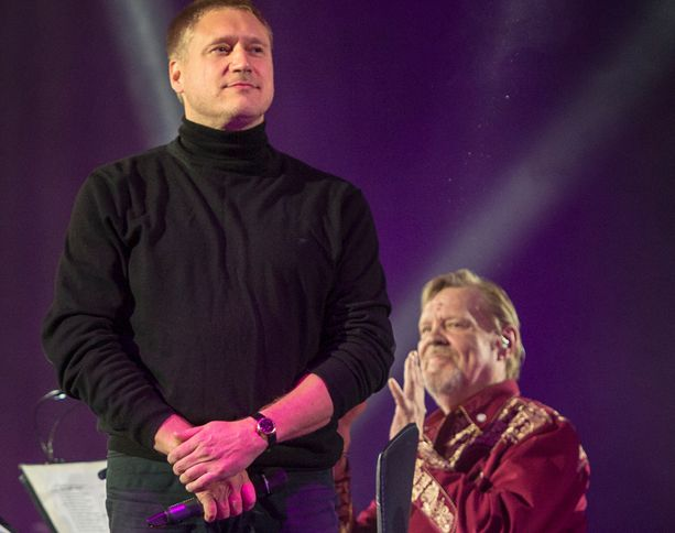 Illan odotetuimpiin esiintyjiin kuului Samuli Edelmann.