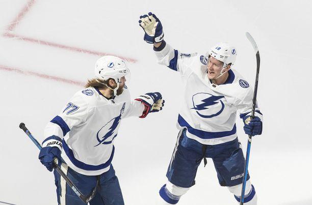 Tampa Bay Lightning pelaa Stanley Cupista.