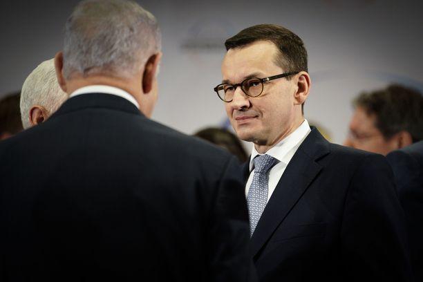 Mateusz Morawiecki jättää Israelin-matkansa väliin Netanjahun lausunnon vuoksi.
