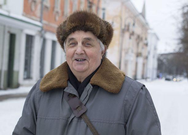 Eläkkeiden nostaminen on merkki Putinin oikeudenmukaisuudesta ja pitkäjänteisyydestä, Vatseslav Nikolaevits, 82, uskoo.