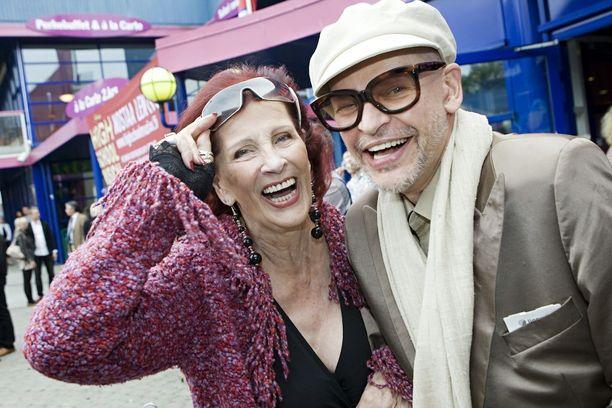 Aira ja Jorma Uotinen ovat suomalaisen tanssin ikoneita ja sydänystäviä.
