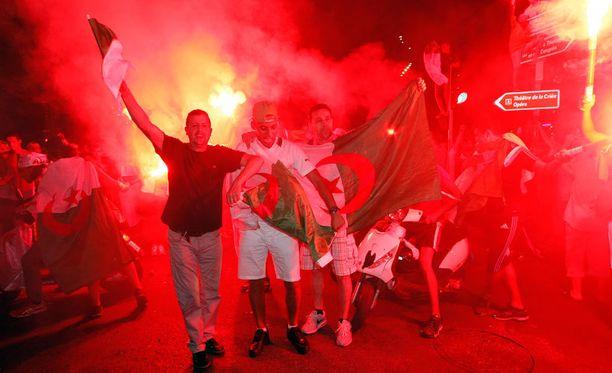Marseillen kaupungissa juhlittiin Algerian menestystä.