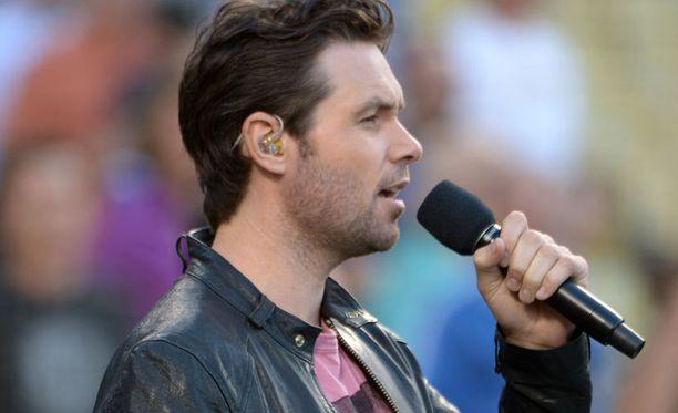 Michael Johns tuli tunnetuksi American Idol -ohjelmasta.