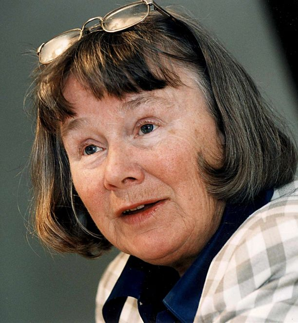 Lisbet Palme on Olof Palmen leski.