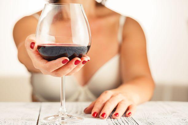 Yksi lasillinen viiniä voi tehdä hyvää sydän- ja verisuoniterveydelle.