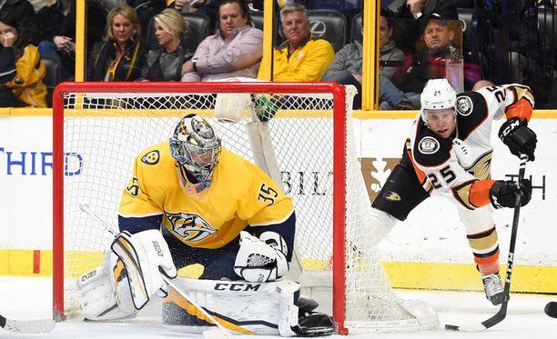 Pekka Rinne torjui taas joukkueelleen voiton.