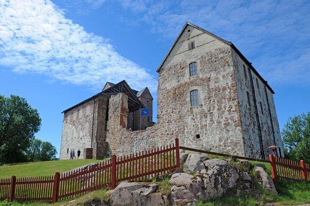 Kastelholman linna oli pitkään autiona. Osaa siitä tosin käytettiin viljavarastona.