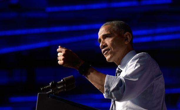 Presidentti Barack Obama kritisoi sekä Donald Trumpia että hänet presidenttiehdokkaakseen valinnutta republikaanipuoluetta.