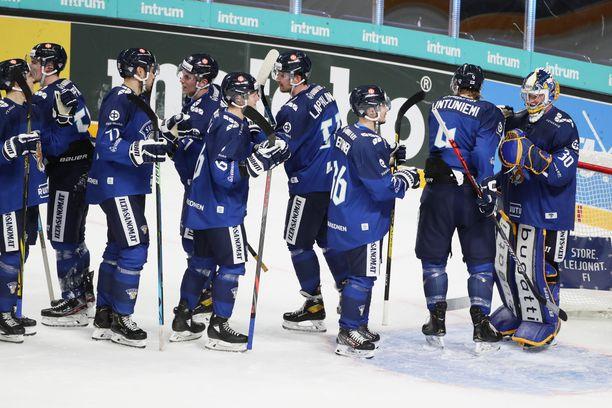Suomi aloittaa Venäjän EHT-turnauksen Tshekkiä vastaan.