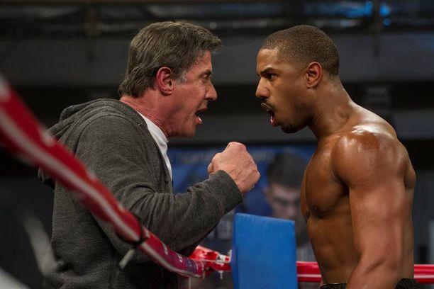 Sylvester Stallone ja Michael B. Jordan tekevät erinomaiset roolisuoritukset uutuuselokuvassa Creed.