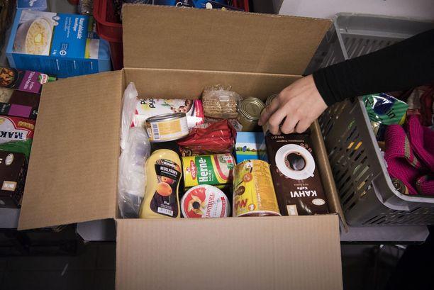 Hurstin Laupeudentyö lähettää jouluksi ruokapaketin monelle tarvitsevalle.