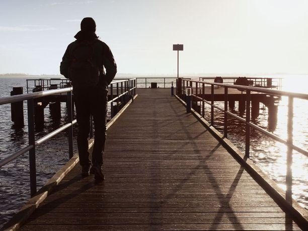 Jannen, 28, episodisen ataksian oireita laukaisevat äänet, melu, kirkkaat valot, stressi ja jotkut ruoka-aineet.- Pahinta on, kun koskaan ei voi tietää milloin kohtaus tulee. Kuvituskuva.