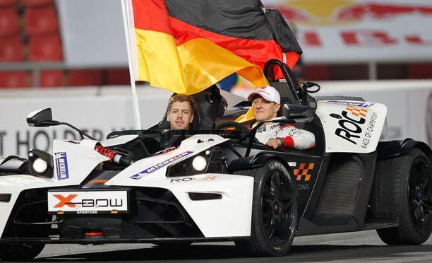 Sebastian Vettel ja Michael Schumacher dominoivat yhdessä Mestareiden kilpailua.