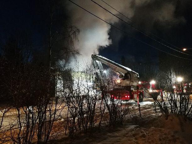 Rintamamiestalo paloi purkukuntoon.