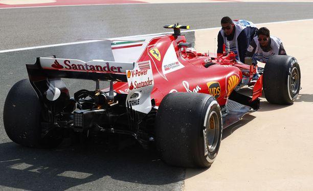Kimi Räikkösen turbo ylikuumeni Bahrainin GP:n ensimmäisissä harjoituksissa.