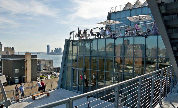 New Yorkissa sijaitseva Whitney Museum on erikoistunut amerikkalaiseen taiteeseen. Rakennus on jo itsessään nähtävyys.