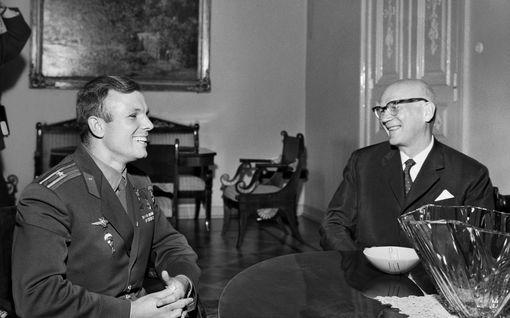 Kekkonen palkitsi historiaa tehneen Juri Gagarinin saunalla – IL selvitti, mitä mökille kuuluu nyt