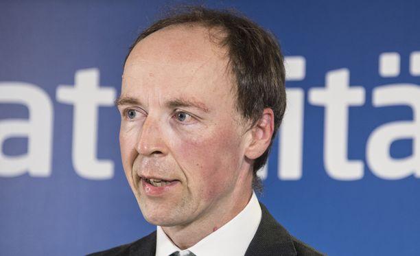 Jussi Halla-ahon johtamien perussuomalaisten kannatus on nousussa.