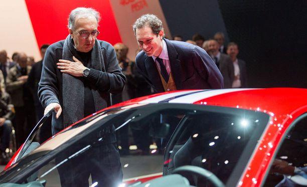 Ferrarin pääjohtaja Sergio Marchionne ihasteli uutta tulokasta.
