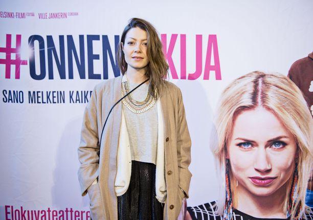 Niina Koponen on nähty esimerkiksi televisiosarjoissa Syke ja Stalkkeri.