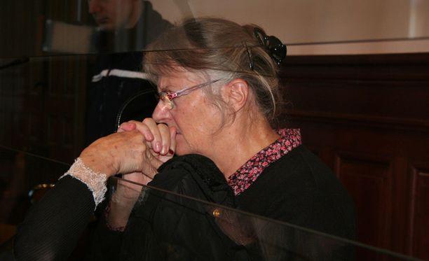 Ranskan presidentti Francois Hollande armahti 69-vuotiaan Jacqueline Sauvagen, joka murhasi väkivaltaisen aviomiehensä vuonna 2012.