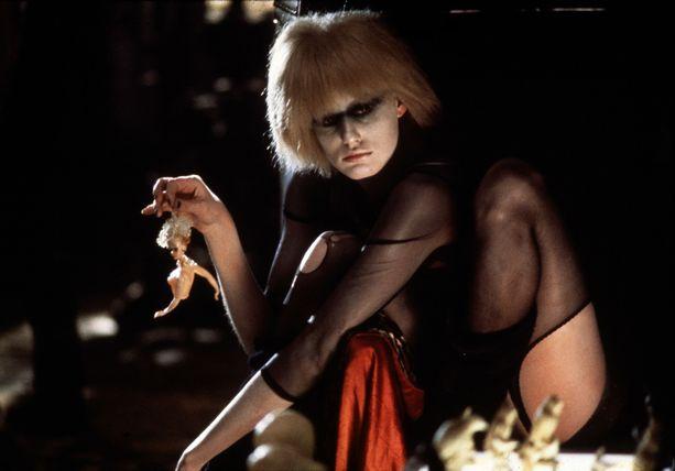 Daryl Hannah teki Blade Runnerissa ikimuistoisen roolityön replikanttina.