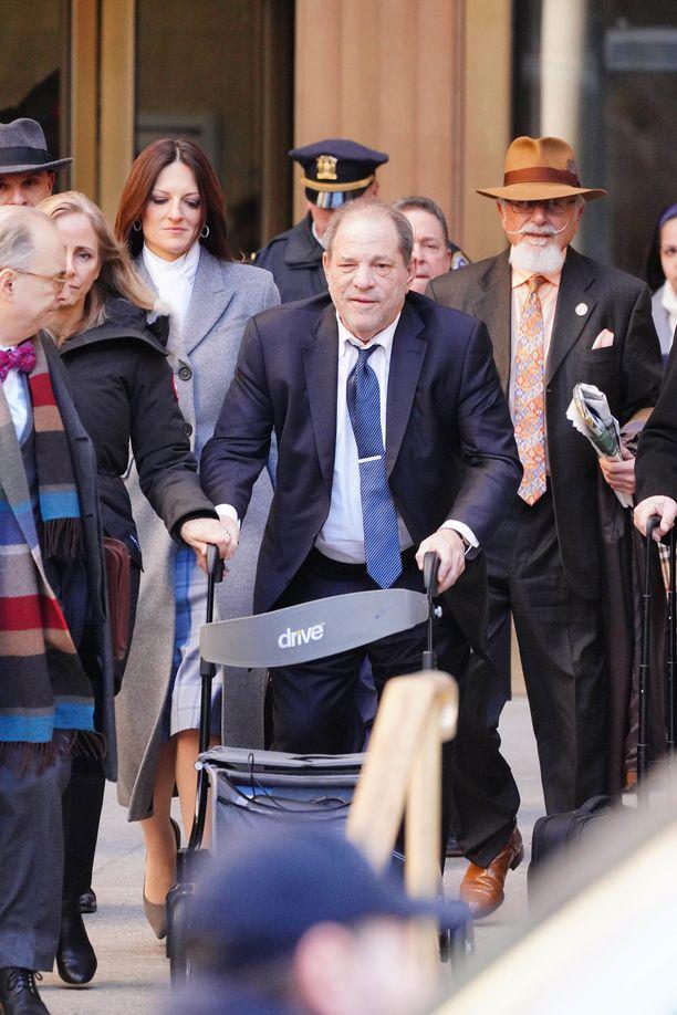 Harvey Weinsteinia voi odottaa pitkä istuminen telkien takana.