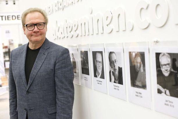 Kirjailija Jari Tervo ennusti Alexander Stubbia paremmin Venäjän kehityksen.