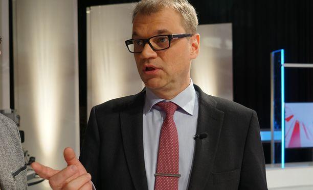 Keskustan Juha Sipilä vaikutti hyvin tuohtuneelta EU-paneelin tapahtumista.