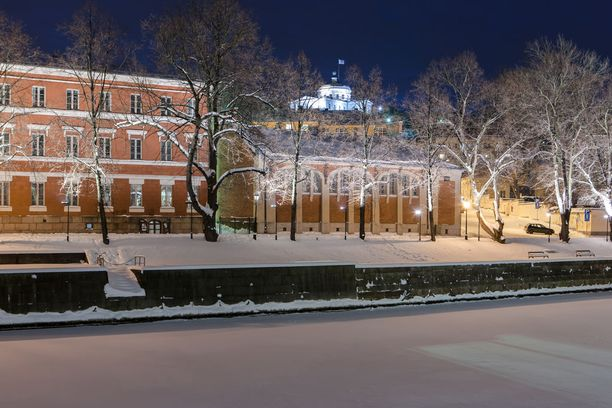 Turkuun ja muualle lounaisrannikolle saadaan näillä tiedoin vain ripaus lunta. Arkistokuva nykyistä lumisemmasta talvesta.