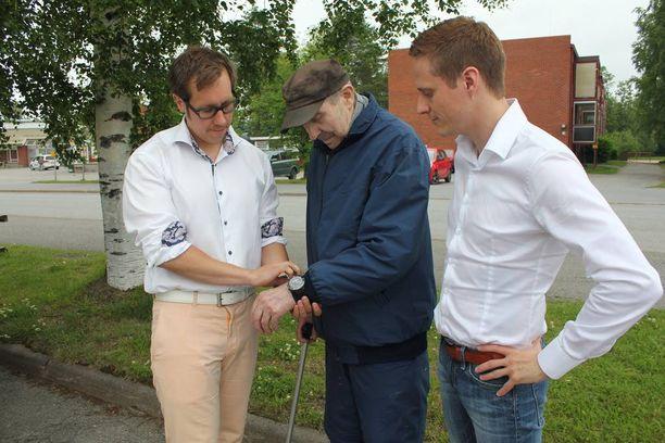 Erkki Lahti on muuttamassa kodistaan tukiasuntoon Vimpelin keskustaan.