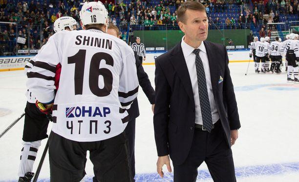 Erkka Westerlundin luotsaama Salavat Julajev Ufa taipui playoffeissa Traktorille.