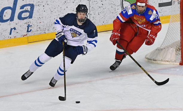 Urho Vaakanainen kuului Pikkuleijonien luottomiehiin Slovakian MM-kisoissa, jossa Suomi sijoittui hopealle.