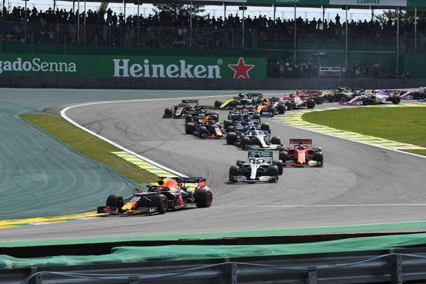 Brasilian GP ajetaan ainakin vuoteen 2025 asti kuljettajien kehumalla Interlagosin radalla.