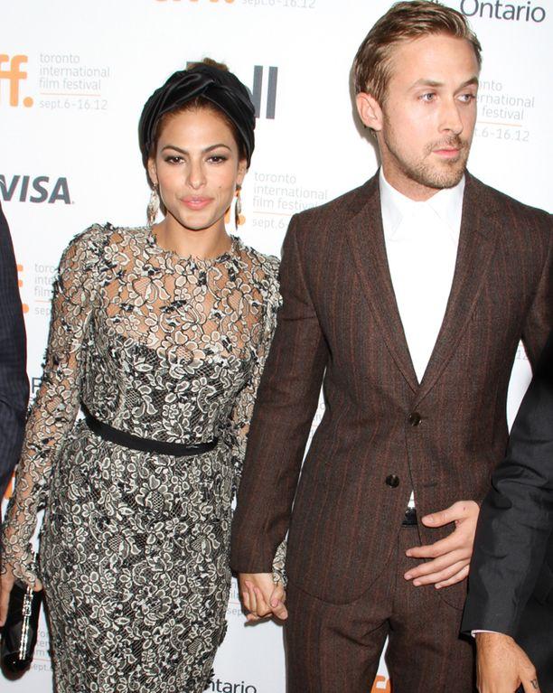 Eva Mendes ja Ryan Gosling alkoivat seurustella vuonna 2011.